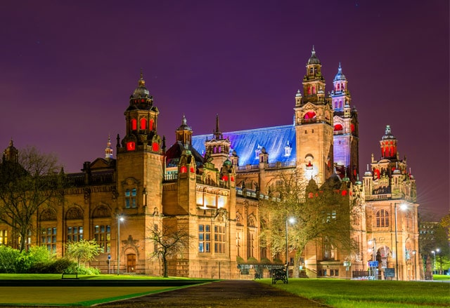 glasgow-kelvingrove-art-gallery-night